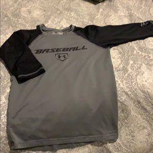 Grey underarmour heat gear shirt